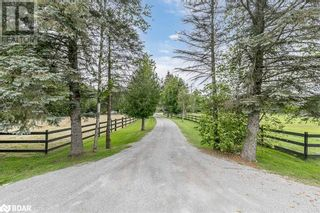 Main Photo: 5494 25TH Side Road in Utopia: House for sale : MLS®# 40176153