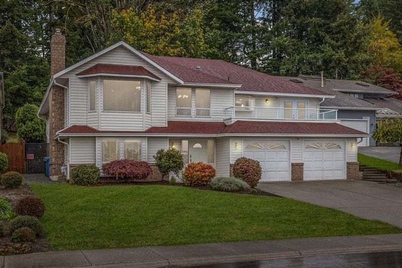 FEATURED LISTING: 35285 MCCORKELL Drive Abbotsford