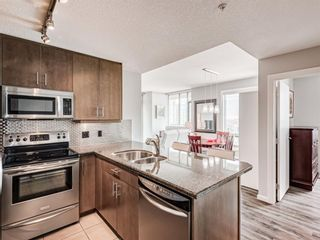 Photo 7: 1905 210 15 Avenue SE in Calgary: Beltline Apartment for sale : MLS®# A1098110