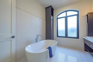 Photo 25: 837 ZAIFMAN Circle in London: North A Residential for sale (North)  : MLS®# 40104585