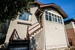 Photo 5: 3657 E PENDER Street in Vancouver: Renfrew VE House for sale (Vancouver East)  : MLS®# R2561375
