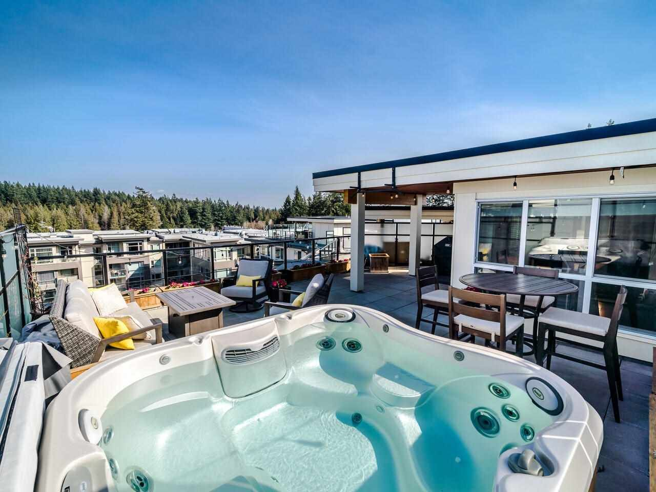 """Main Photo: PH8 3581 ROSS Drive in Vancouver: University VW Condo for sale in """"VIRTUOSO"""" (Vancouver West)  : MLS®# R2587644"""
