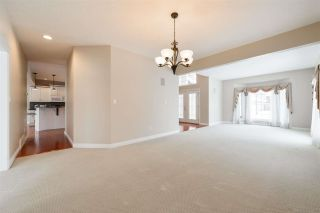 Photo 19: 1197 HOLLANDS Way in Edmonton: Zone 14 House for sale : MLS®# E4242698