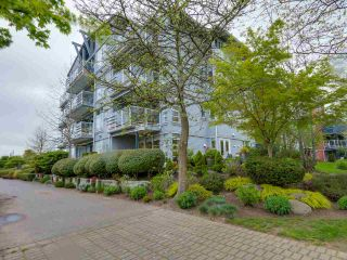 """Photo 4: 108 1880 E KENT AVENUE SOUTH in Vancouver: Fraserview VE Condo for sale in """"PILOT HOUSE AT TUGBOAT LANDING"""" (Vancouver East)  : MLS®# R2057021"""