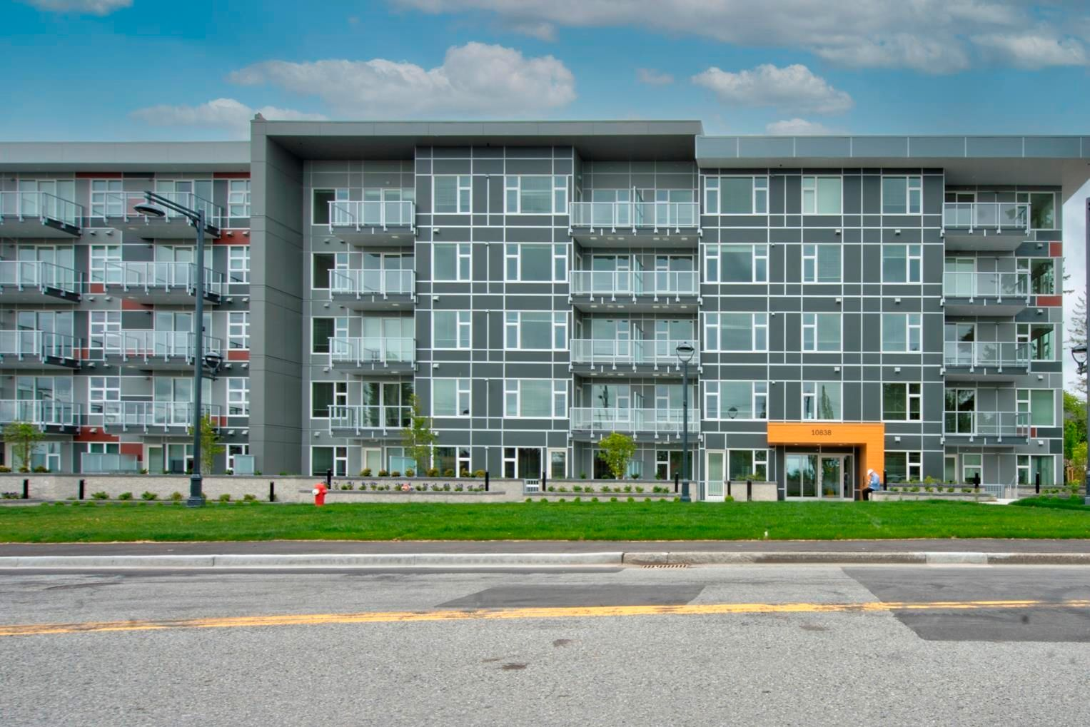 """Main Photo: 221 10838 WHALLEY Boulevard in Surrey: Bolivar Heights Condo for sale in """"the MAVERICK"""" (North Surrey)  : MLS®# R2622569"""
