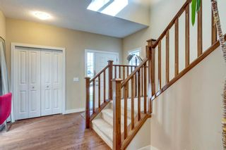 Photo 3: 80 Everglen Close SW in Calgary: Evergreen Detached for sale : MLS®# A1124836