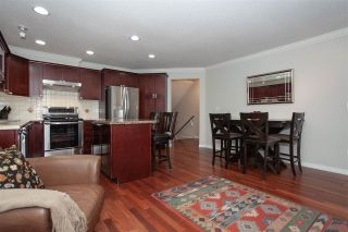 "Photo 7: 32 16995 64 Avenue in Surrey: Cloverdale BC Townhouse for sale in ""Lexington"" (Cloverdale)  : MLS®# R2330833"