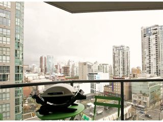 """Photo 15: 1001 1212 HOWE Street in Vancouver: Downtown VW Condo for sale in """"1212 HOWE"""" (Vancouver West)  : MLS®# V1055279"""