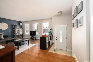 Photo 3: 747 Tobin Terrace in Saskatoon: Lawson Heights Residential for sale : MLS®# SK848786