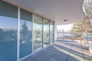 "Photo 3: 401 13303 CENTRAL Avenue in Surrey: Whalley Condo for sale in ""THE WAVE"" (North Surrey)  : MLS®# R2362951"