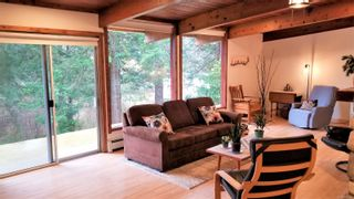 Photo 5: 1541 Croation Rd in Campbell River: CR Campbell River Central House for sale : MLS®# 870733