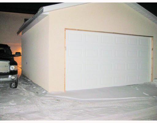 Photo 9: Photos: 77 LEATHERWOOD Crescent in WINNIPEG: North Kildonan Residential for sale (North East Winnipeg)  : MLS®# 2902232