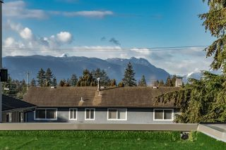 Photo 29: 11770 BLAKELY Road in Pitt Meadows: Mid Meadows 1/2 Duplex for sale : MLS®# R2563553