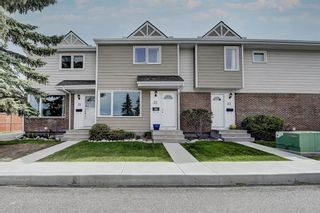 Photo 3: 22 3620 51 Street SW in Calgary: Glenbrook Row/Townhouse for sale : MLS®# A1117371