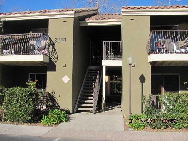 Main Photo: LA JOLLA Condo for sale : 1 bedrooms : 3161 Via Alicante #136