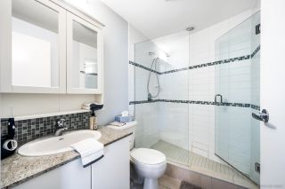 Photo 2: 2701 1188 W PENDER Street in Vancouver: Coal Harbour Condo for sale (Vancouver West)  : MLS®# R2623077