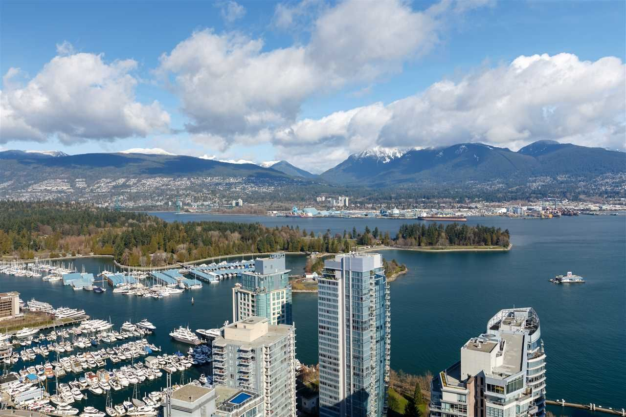 """Main Photo: 906 1189 MELVILLE Street in Vancouver: Coal Harbour Condo for sale in """"THE MELVILLE"""" (Vancouver West)  : MLS®# R2560831"""