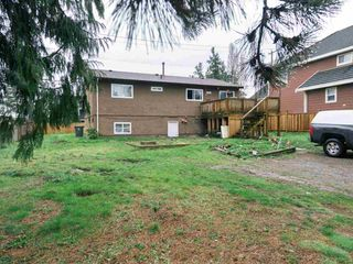 Photo 2: 15084 88 Avenue in Surrey: Bear Creek Green Timbers House for sale : MLS®# R2559461