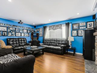Photo 3: 12298 GREENWELL Street in Maple Ridge: East Central House for sale : MLS®# V1138275