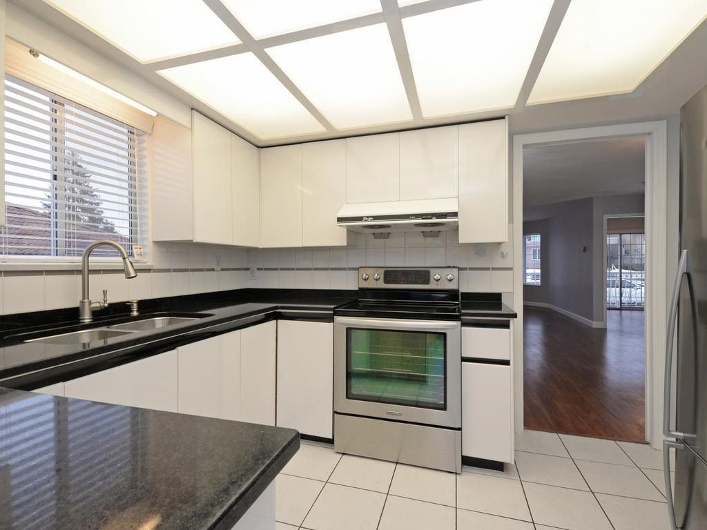 Photo 6: Photos: 5521 NORFOLK Street in Burnaby: Central BN House for sale (Burnaby North)  : MLS®# R2139065