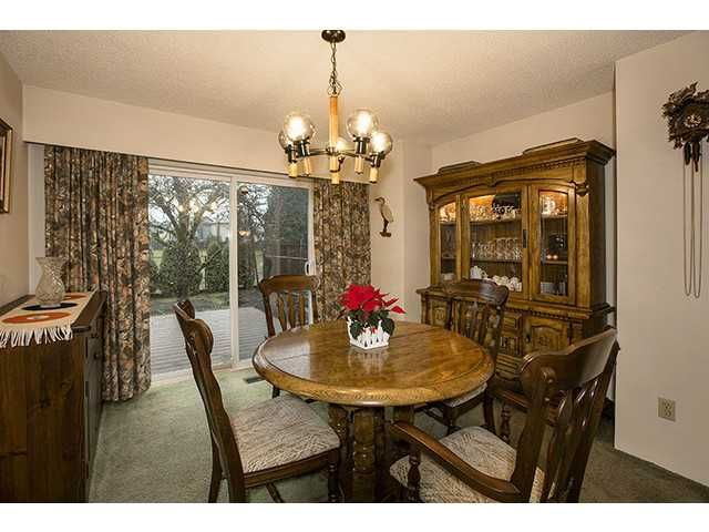 """Photo 4: Photos: 9725 155A Street in Surrey: Guildford House for sale in """"BRIARWOOD"""" (North Surrey)  : MLS®# F1430730"""