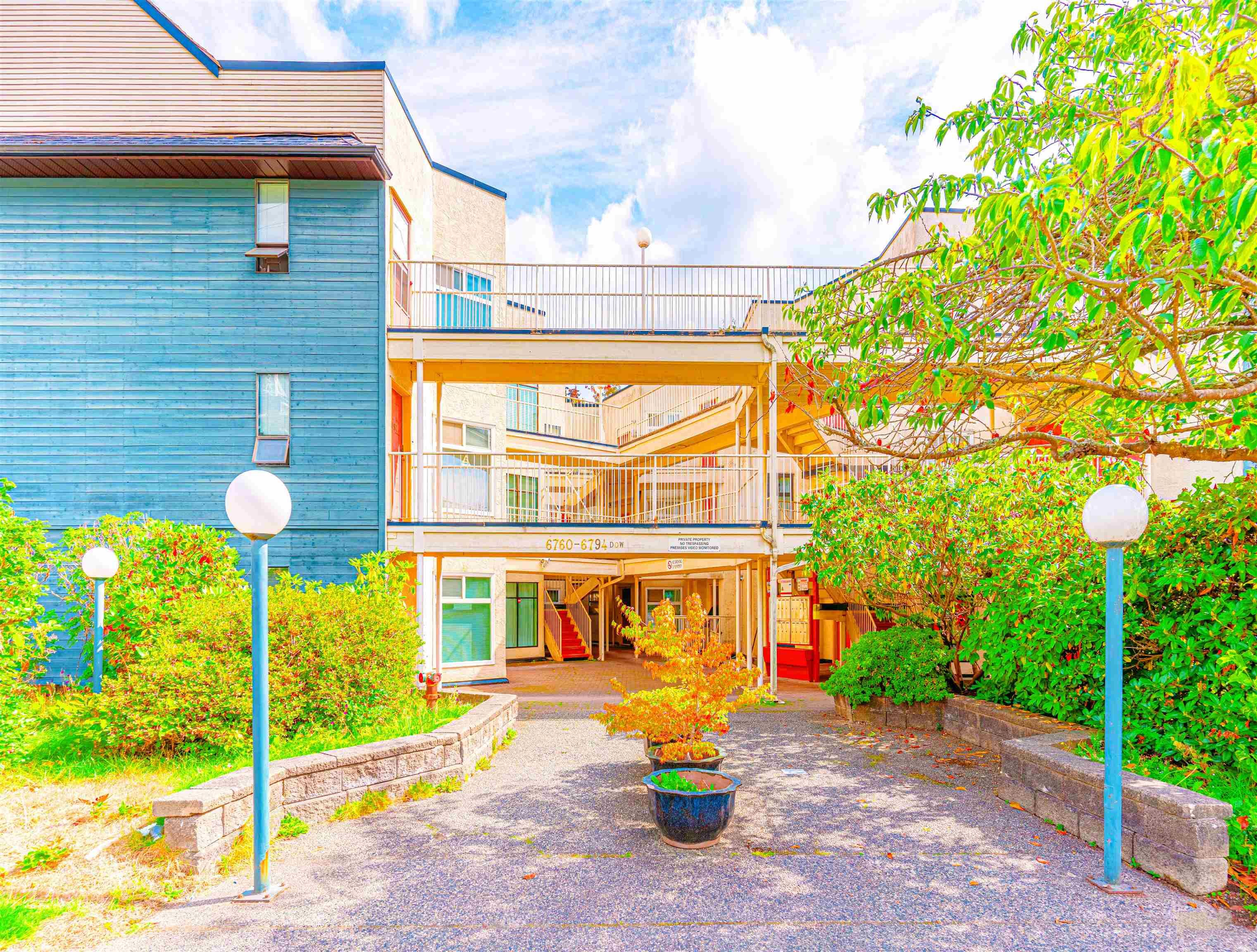 """Main Photo: 6766 DOW Avenue in Burnaby: Metrotown Townhouse for sale in """"CENTREPOINT"""" (Burnaby South)  : MLS®# R2617895"""