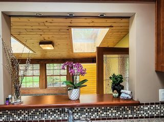 Photo 9: 1390 Spruston Rd in : Na Extension House for sale (Nanaimo)  : MLS®# 873997