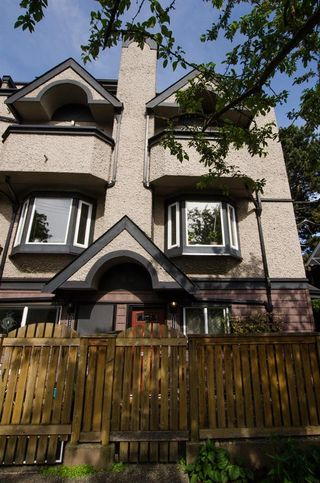 """Photo 18: 2312 VINE Street in Vancouver: Kitsilano Townhouse for sale in """"7TH & VINE"""" (Vancouver West)  : MLS®# R2377630"""