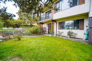 Photo 3: 353A CUMBERLAND Street in New Westminster: Sapperton 1/2 Duplex for sale : MLS®# R2561280