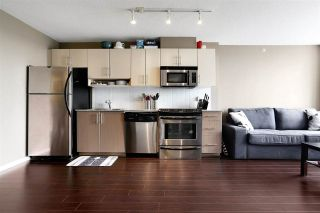 """Photo 7: 1211 550 TAYLOR Street in Vancouver: Downtown VW Condo for sale in """"The Taylor"""" (Vancouver West)  : MLS®# R2575257"""