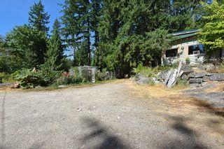 Photo 16: 1142 ROBERTS CREEK Road: Roberts Creek House for sale (Sunshine Coast)  : MLS®# R2612861