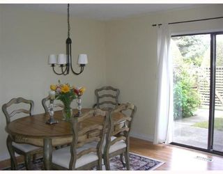 """Photo 3: 2 11491 7TH Ave in Richmond: Steveston Village Townhouse for sale in """"MARINERS VILLAGE"""" : MLS®# V647222"""