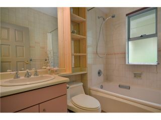 Photo 8: 4290 Nautilus Close in Vancouver: Point Grey House for sale (Vancouver West)  : MLS®# V958664