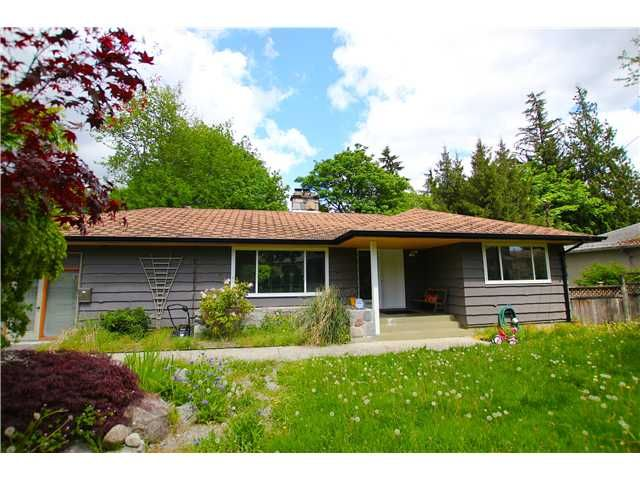 Main Photo: 1571 HARBOUR Drive in Coquitlam: Harbour Place House for sale : MLS®# V1079312