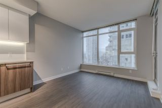 """Photo 4: 1705 4900 LENNOX Lane in Burnaby: Metrotown Condo for sale in """"THE PARK"""" (Burnaby South)  : MLS®# R2223215"""