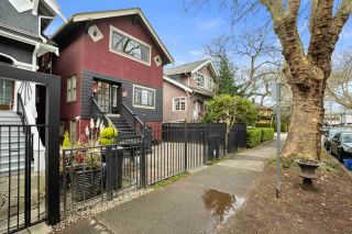 Photo 3: 2607 MACKENZIE Street in Vancouver: Kitsilano House for sale (Vancouver West)  : MLS®# R2543006