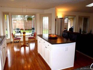 Photo 15: 780 Windward Pl in QUALICUM BEACH: PQ Qualicum Beach House for sale (Parksville/Qualicum)  : MLS®# 597524