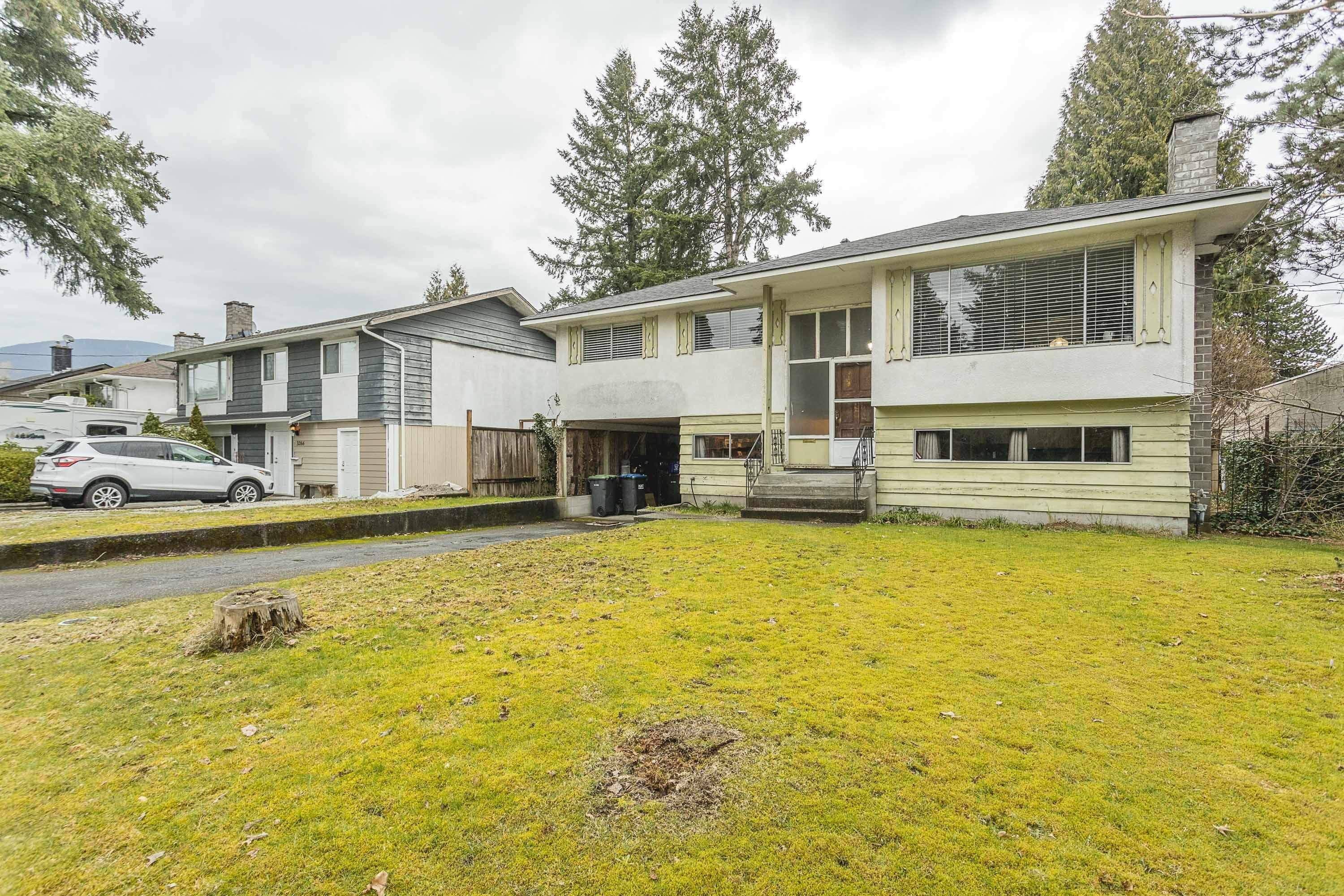 Photo 2: Photos: 3260 ULSTER Street in Port Coquitlam: Lincoln Park PQ House for sale : MLS®# R2613283