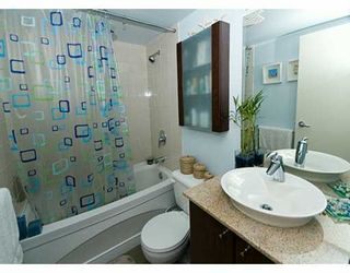 """Photo 7: 1199 SEYMOUR Street in Vancouver: Downtown VW Condo for sale in """"BRAVA"""" (Vancouver West)  : MLS®# V625814"""