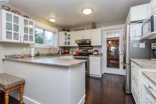 Photo 12: 2057 Reid Crt in SAANICHTON: CS Saanichton House for sale (Central Saanich)  : MLS®# 801318
