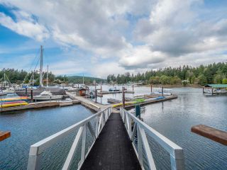"""Photo 17: 26A 12849 LAGOON Road in Madeira Park: Pender Harbour Egmont Condo for sale in """"PAINTED BOAT RESORT AND SPA"""" (Sunshine Coast)  : MLS®# R2405420"""