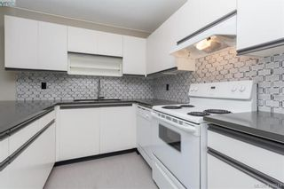 Photo 13: 305 420 Parry St in VICTORIA: Vi James Bay Condo for sale (Victoria)  : MLS®# 828944