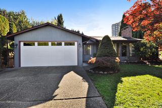 Photo 1: 3222 COMOX Court in Abbotsford: Central Abbotsford House for sale : MLS®# R2114867