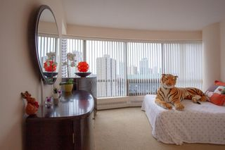 Photo 19: 1702 1078 6 Avenue SW in Calgary: Downtown West End Apartment for sale : MLS®# A1127041