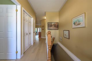 Photo 3: 36 1555 HIGHBURY Avenue in London: East A Residential for sale (East)  : MLS®# 40162340