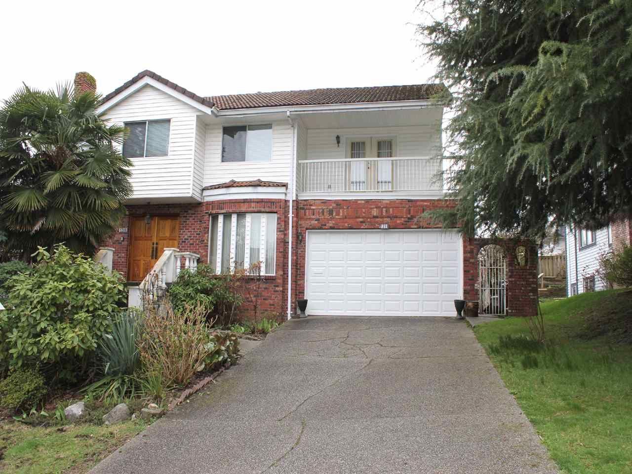 Main Photo: 1318 HONEYSUCKLE LANE in : Summitt View House for sale : MLS®# R2044931