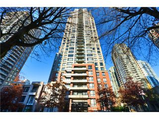 "Photo 11: 2208 909 MAINLAND Street in Vancouver: Yaletown Condo for sale in ""YALETOWN PARK"" (Vancouver West)  : MLS®# V1038320"