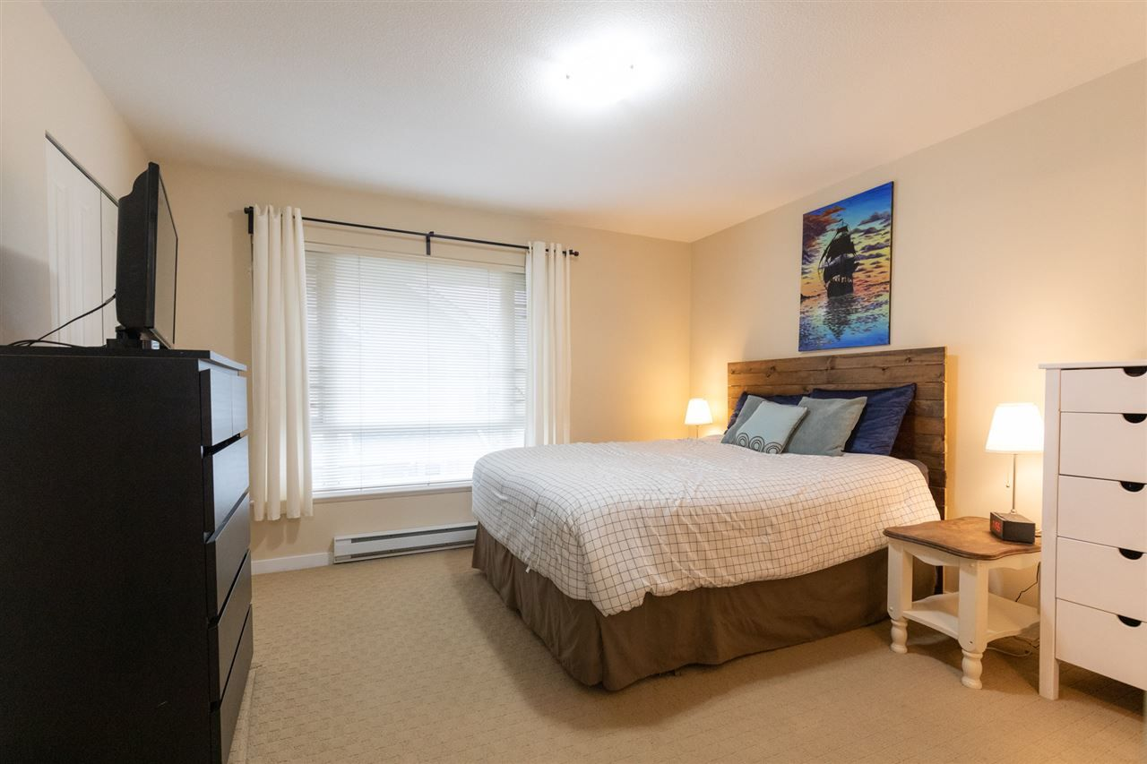 """Photo 15: Photos: 12 5355 201A Street in Langley: Langley City Townhouse for sale in """"PACIFIC COURT"""" : MLS®# R2557519"""