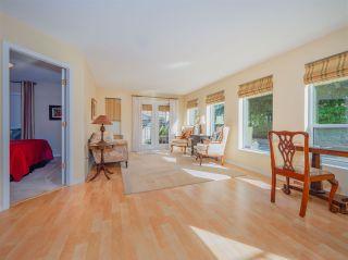 "Photo 4: 105 5768 MARINE Way in Sechelt: Sechelt District Condo for sale in ""Cypress Ridge"" (Sunshine Coast)  : MLS®# R2446337"