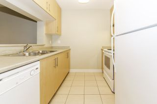 """Photo 2: 506 3660 VANNESS Avenue in Vancouver: Collingwood VE Condo for sale in """"CIRCA"""" (Vancouver East)  : MLS®# R2247116"""